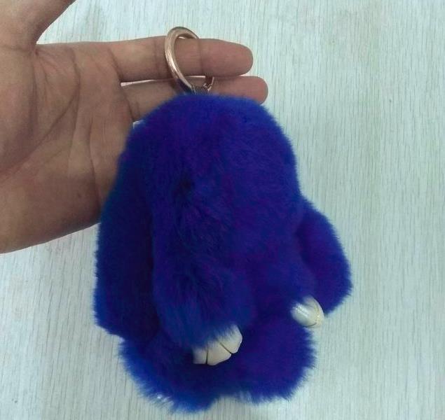 这一次的装死兔挂件样品,要求10种色,每种5只,都按12公分长度-770